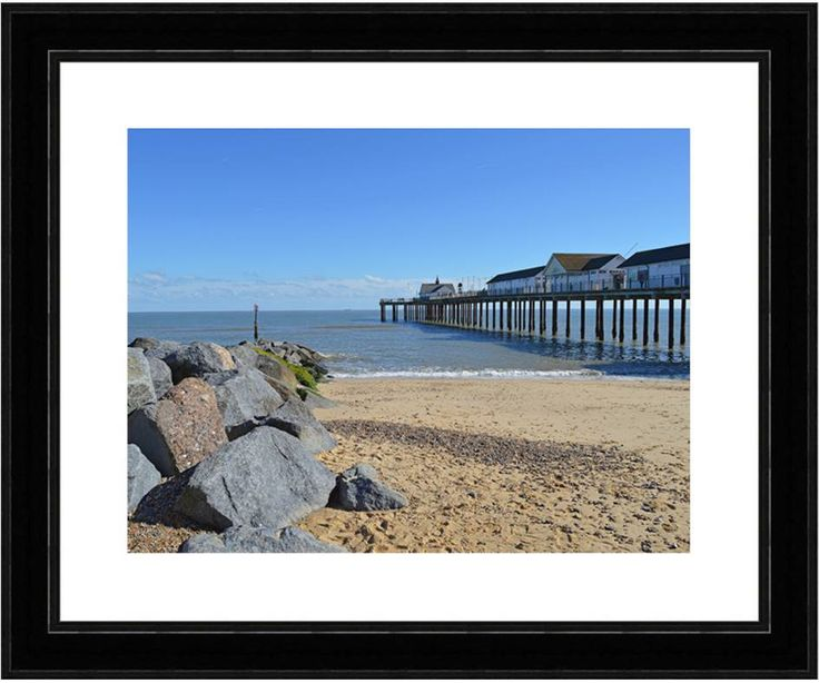 The stunning Southwold Pier is finished off nicely using our textured black frame. Perfect for remembering the times of eating ice cream on this idyllic Pier with loved ones. http://www.artdoodles.co.uk/pier--groyne-1434-p.asp