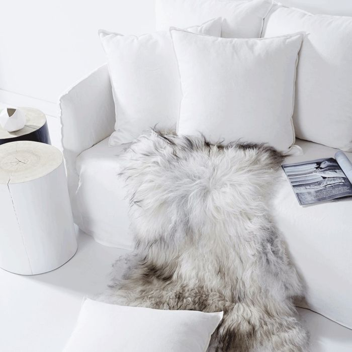 Create a cozy environment in your home by choosing accessories that add warmth and texture. Natural timber furniture or accessories will immediately warm up even the most monochromatic room. #trending #winter #home #lifeinstyle