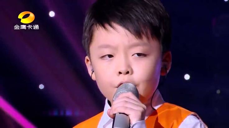 2 amazing chinese childs singing You Raise Me UP I started to cry have tissues at hand when watching these two better have a record deal