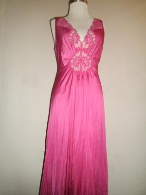 Beautiful Vintage Bright Pink / Magenta Lacey Vanity Fair Nightgown - Size Large - SHIPS FREE!