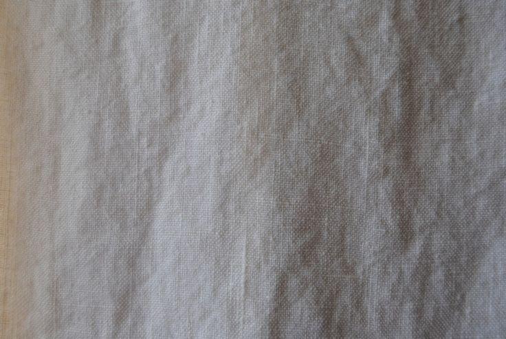 Sand Blast Off White 100% linen - 130cm