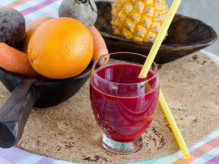 Suc presat la rece din sfeclă, morcovi, ananas și portocale