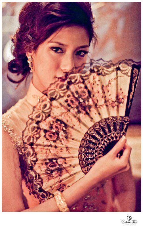 Cheongsam & chinese fan