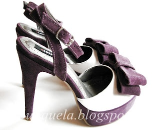 sandale stil sabot  toc: 13cm  platforma: 3cm  pret: 280 RON  pt comenzi: incaltamintedinpiele@gmail.com