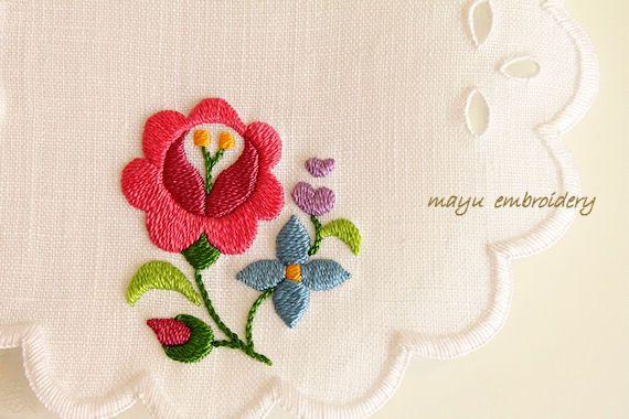 ハンガリー刺繍☆バラとライラックのドイリー の画像|Nui nui 生活 in TOKYO