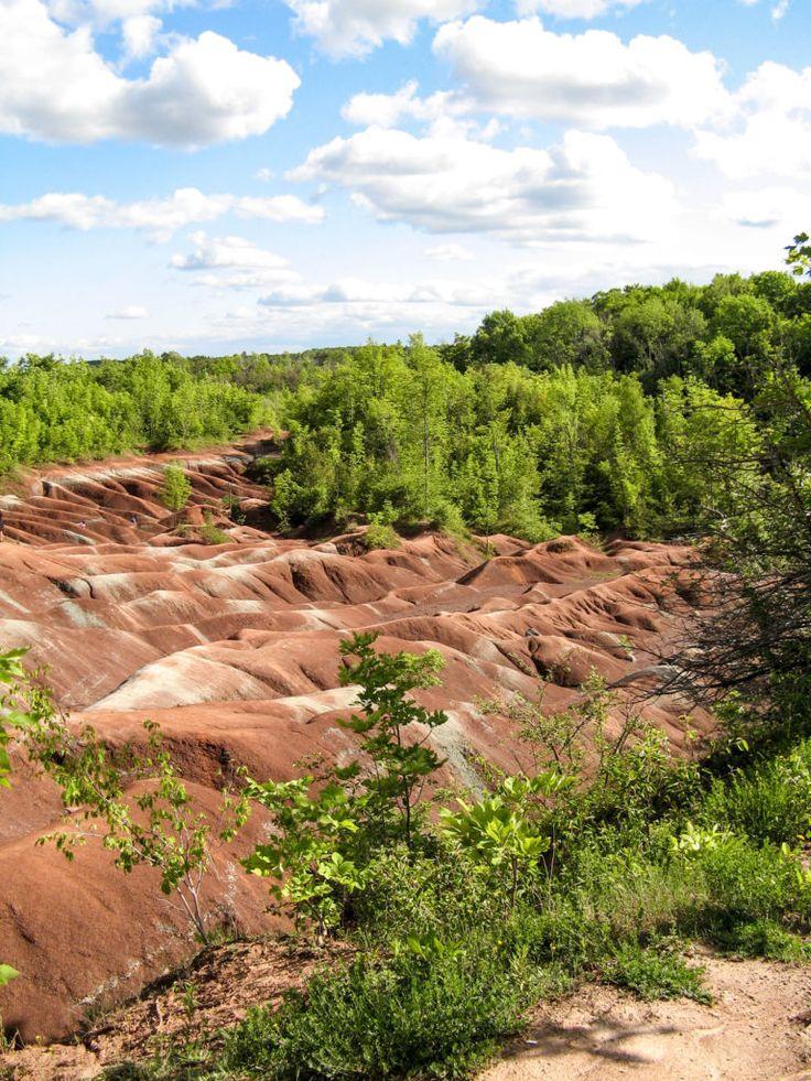 Exploring the Cheltenham Badlands – Ontario