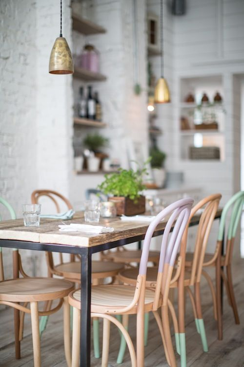 Dip-dyed dining room chairs // so colorful