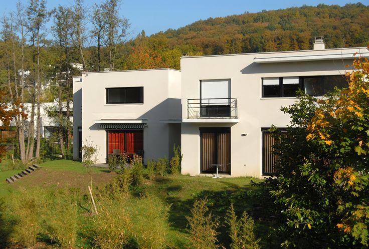 Le Parc de Courcelles, à Gif-sur-Yvette - MOA : #Nacarat - Architecte : J-J. Le Quilleuc (2002)
