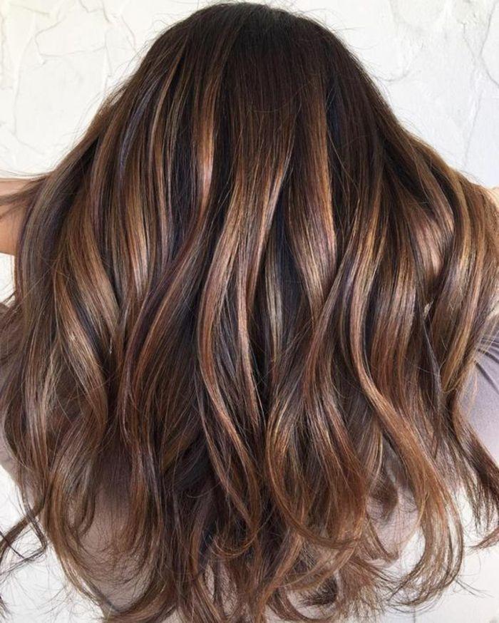 Best 25 medium hair highlights ideas on pinterest - Meche caramel ...