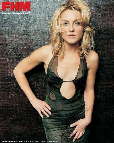 The 20 Hottest Elisabeth Rohm Photos
