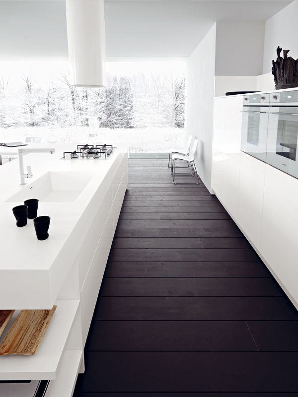 "Amazing floor in this ""all white"" minimalist kitchen. #minimalist #kitchen #furniture #minimalistspace"