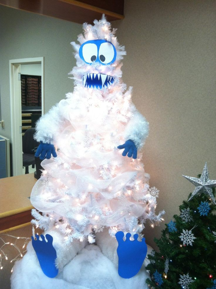 abominable snowman christmas tree too awesome crafty pinterest christmas christmas tree themes and christmas snowman
