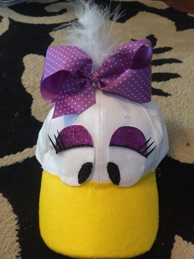 Daisy Duck hat for costume