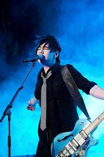 Josh Ramsay <3 Can I please have your babies? (: