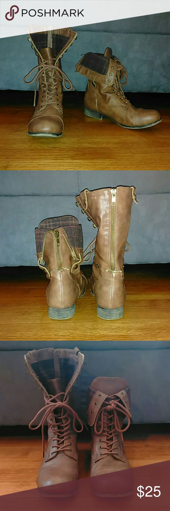 Brown Combat Boots Brown combat boots. Worn but sturdy and in good condition. Rogue Shoes Combat & Moto Boots