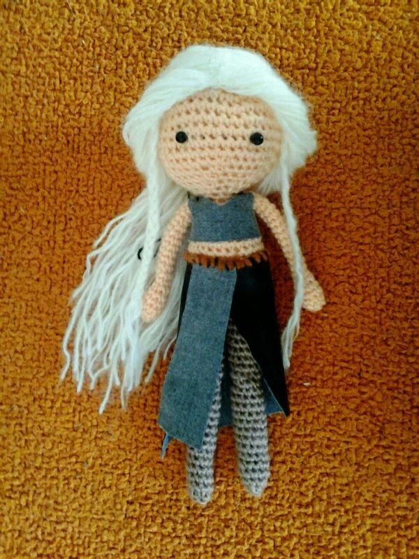 Fabuloso amigurumi de Khaalesi, de Game of Thrones ...