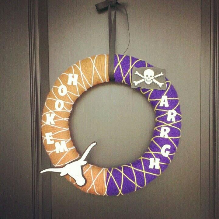 Texas Longhorns ECU Pirates