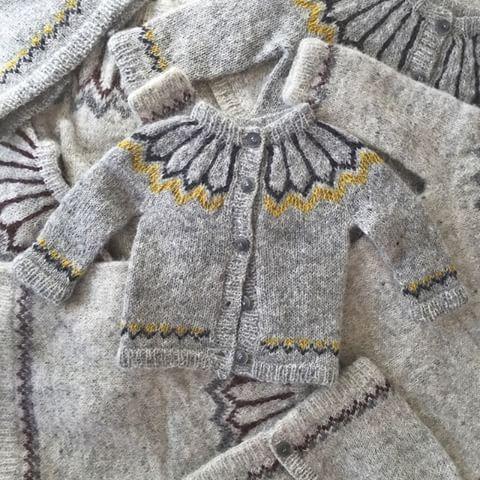 • Say hi to Alex! Our brand new handknitted traditional Icelandic sweater for children  #icelandicwool #lopi #handknitted #childrenswear #kids #fairisle #lopapeysa #geysir