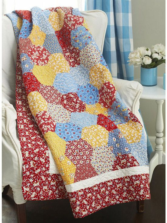Vintage-Inspired QuiltVintage Quilt, Allpeoplequilt Com, Free Pattern, Reproduction Fabrics, Quilt Patterns, 1930S Reproduction, Flower Quilt, Hexagons Quilt, Vintage Inspiration