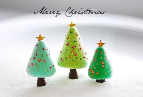 Merry Christmas...Polymer clay trees! How adorable!