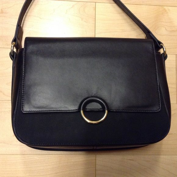 & Other stories black leather bag & Other stories black leather bag. Used twice. Leather and suede & Other stories Bags Crossbody Bags