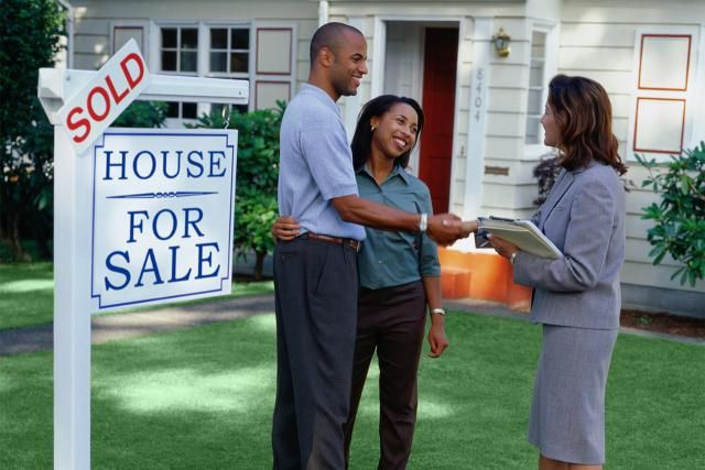 If you are a first-time home buyer in Canada, you could be eligible for a non-refundable tax credit of $750.