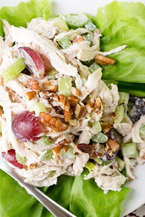 Lightened-Up Waldorf Chicken Salad: 13 Filling Lunches Under 400 Calories via @PureWow
