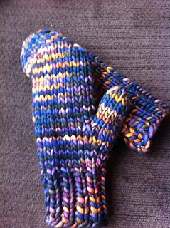 Quick-knit bulky yarn mittens More