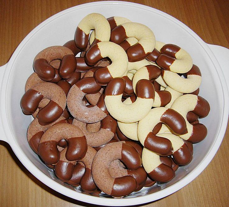 Puddingkipferl, ein sehr schönes Rezept aus der Kategorie Kekse & Plätzchen. Bewertungen: 283. Durchschnitt: Ø 4,2.
