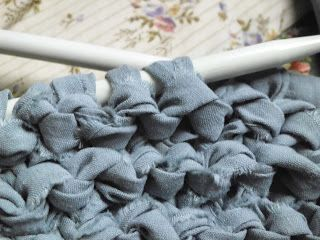 Shannon's Crafts and other stuff: No sew sheet yarn