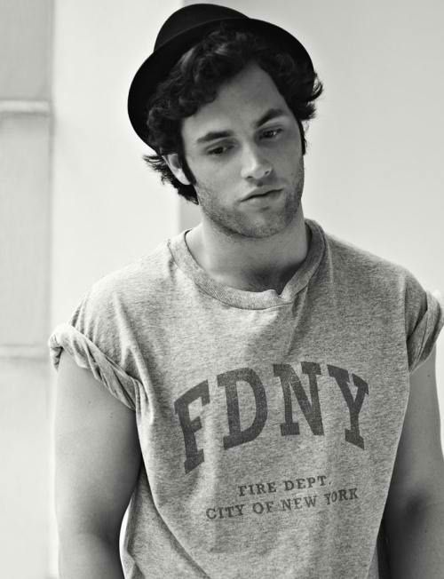 Penn Badgley - Gossip Girl
