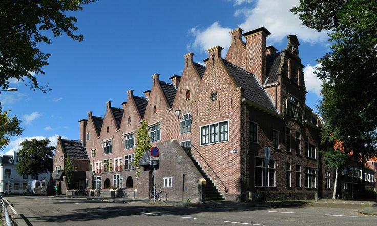 Delftse School, Turfsingel Groningen. Architect: S.J.Bouma