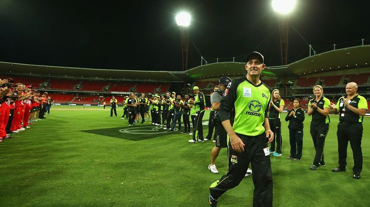 Thunder hope to give Michael Hussey a winning send-off
