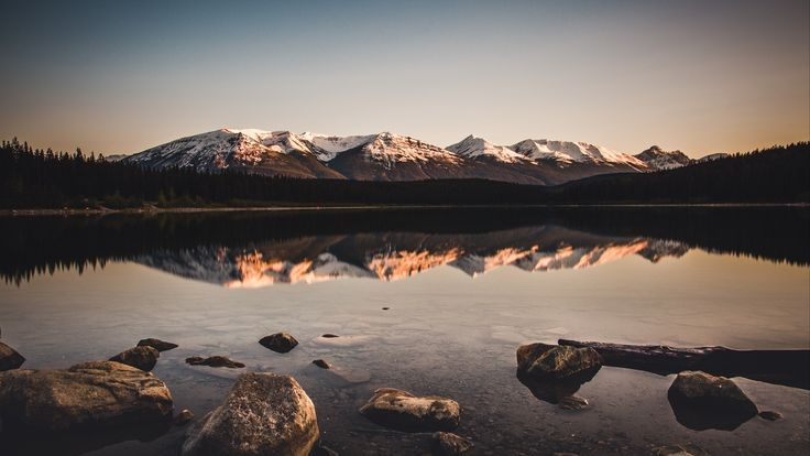 lake mountains stones   – telifsiz 7