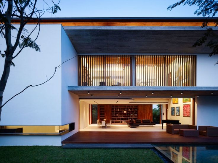 M House by ONG