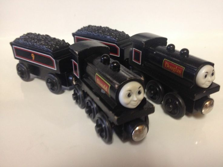 used wooden thomas trains 1