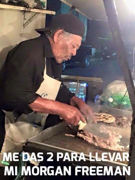 Morgan Freeman, el taquero. | Los 24 memes más importantes de 2015 en México