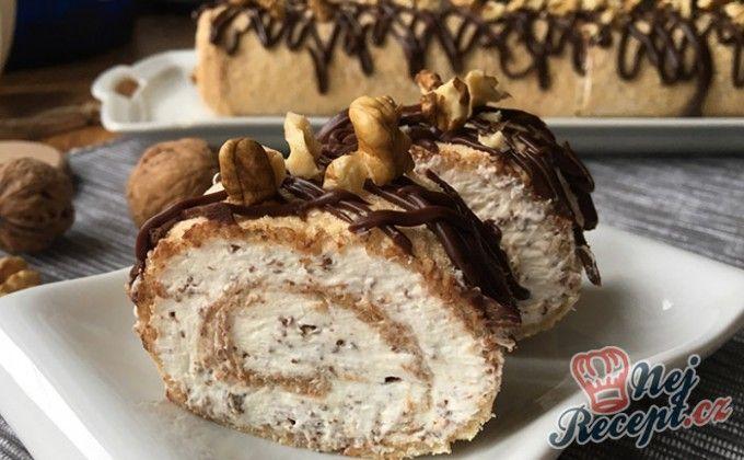 Ořechová roláda se šlehačkou (bez mouky)