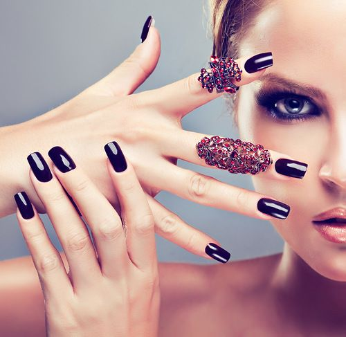Cool S Always Like Clic Black Nail Polish Remember To Put Both Base And Top Coat Make The Last Long