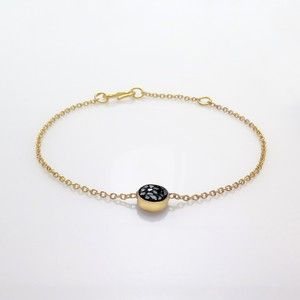 Raw cut diamond round bracelet with S-closure