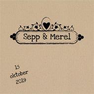 Mooie trouwkaart met stempels op kraftpapier bij JilleJille.nl