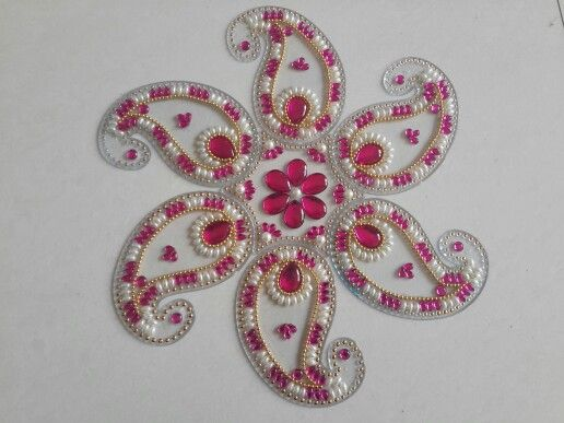 Kundan rangoli by smita smita 39 s quilling creations for Agal vilakku decoration
