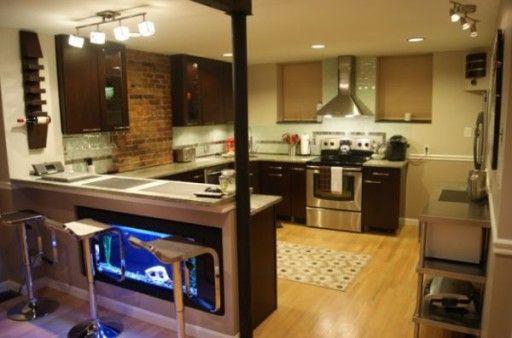 аквариум в интерьере кухни