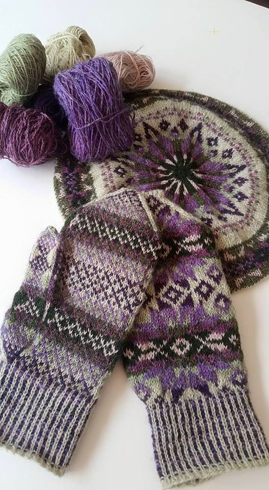 Traditional Fair Isle Tam & Mittens, pattern by Alice Starmore, yarn…