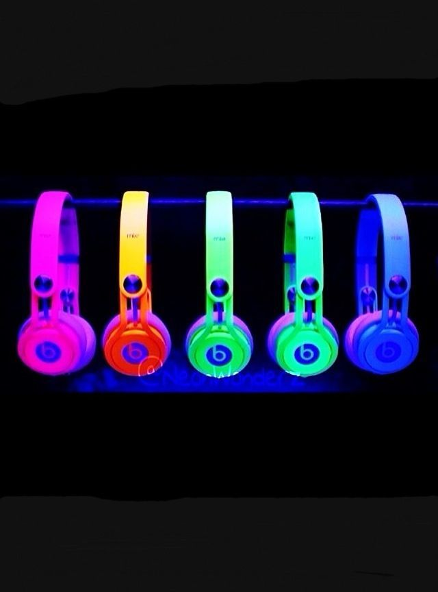 Neon Light Headphones | , Neon Beats, Neon Colours, Glow