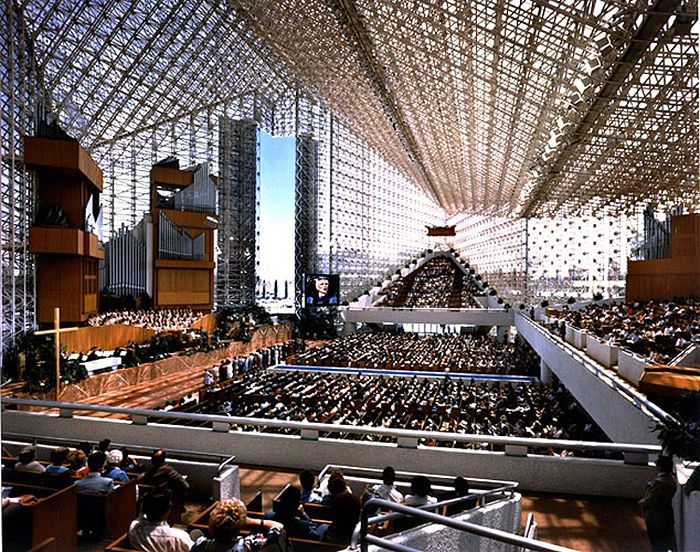 Garden Grove Community Church (Crystal Cathedral), 1977-1980; Garden Grove, California; Phillip Johnson and John Burgee - Late Modern 1