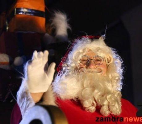 La CabalGAZA de Papá Noel sacó a todos los niños zamoranos a la calle