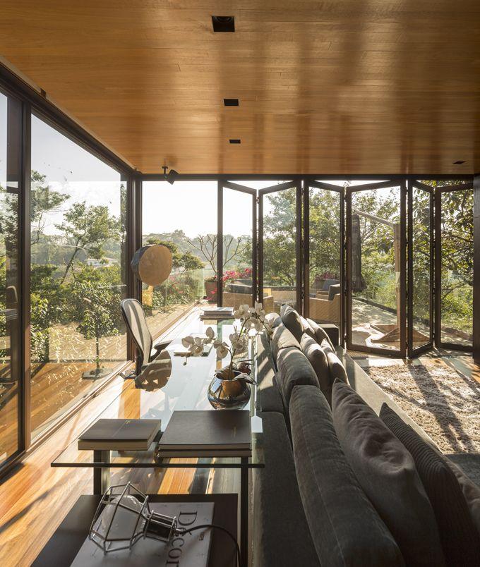 limantos residence by fernanda marques arquitetos associados.