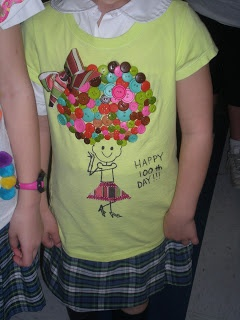 100th day t-shirts- so cute! Maybe we'll do shirts instead of hats this year! Or they could choose which one they'd like.