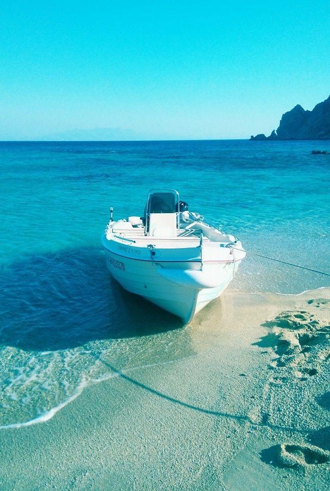 Rent your own boat Mykonos